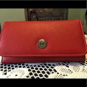 New Stone Mountain Leather Wallet